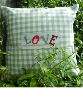 Love on green gingham